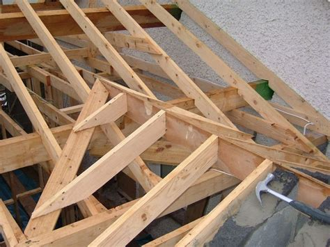 Hip And Valley Roof Construction by Roof Valley Construction Search Roofs