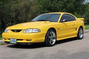 1996 Ford Mustang SVT Cobra Wallpapers   MustangSpecs.com