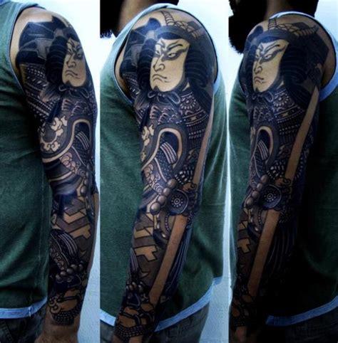 tatouage bras japonais samourai par invisible nyc