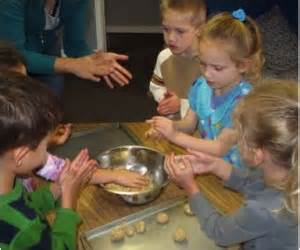 presbyterian preschool play based learning 897 | Fine Motor 300x250