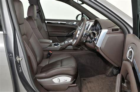 porsche cayenne interior porsche cayenne review 2017 autocar