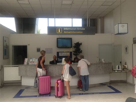bwi airport information desk limousine with driver cannes car with driver taxi nice