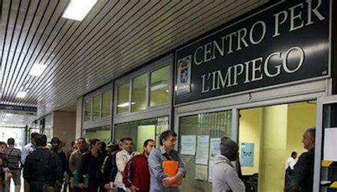 Ufficio Per L Impiego by Reddito Di Cittadinanza Per 183 Ad Avellino Per Il