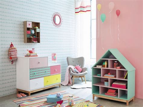decoration des chambres des filles des nouveautés déco pour une mini princesse joli place