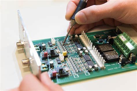 Electronics Engineering group - AMOLF