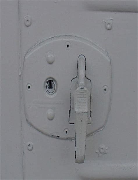 Buy Garador Garage Door Mk3c Cables Springs Locks Handles Make Your Own Beautiful  HD Wallpapers, Images Over 1000+ [ralydesign.ml]