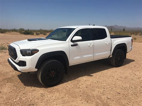 lifted toyota pickup absolutely spotless 2017 toyota tacoma trd pro pickup for sale