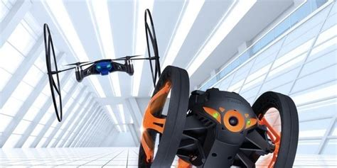 parrot shows    toy drones  jumping sumo   minidrone  ces unveiled