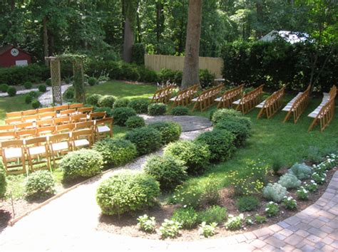 inexpensive backyard wedding real weddings sherry and s backyard diy wedding