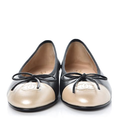 foto de CHANEL Lambskin Cap Toe Ballerina Flats 36 Black Light