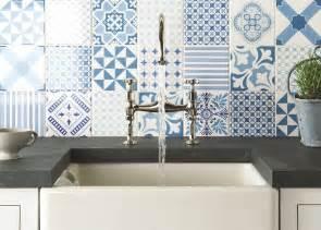 top 15 patchwork tile backsplash designs for kitchen - Tile Backsplash Ideas Kitchen