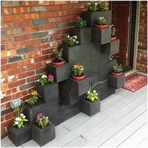 10 Awesome Ideas to Design a Cinder Block Garden