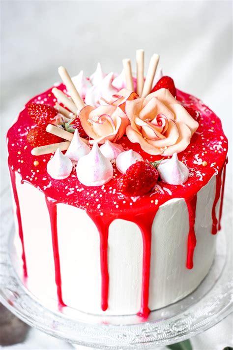 layer cake vanille fraise  gateau delicieux  leger