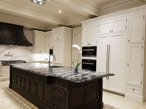 Kitchen Design Ideas Photo Gallery by Toronto Thornhill Custom Classic Kitchen Design