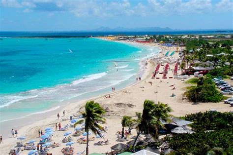 Food And Travel With Des Sint Maarten And Saint Martin