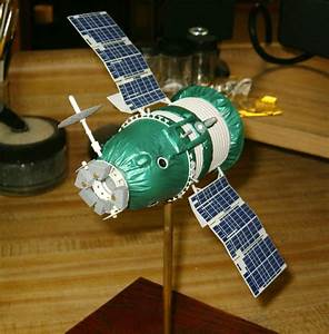 New Ware Models 1/48 scale Zond Spacecraft