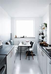 Kleine Schmale Küche Einrichten : kleine k che mit essplatz planen und gestalten inspirierende ideen ~ Sanjose-hotels-ca.com Haus und Dekorationen
