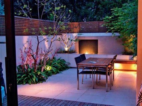 Kleine Terrasse Sichtschutz by Gartengestaltung Kleine Garten Ohne Rasen Sichtschutz