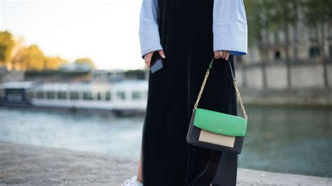 How To Wear The Pantone Colour Of