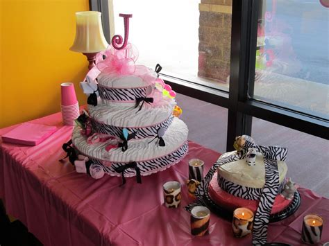 dee signed animal print baby shower