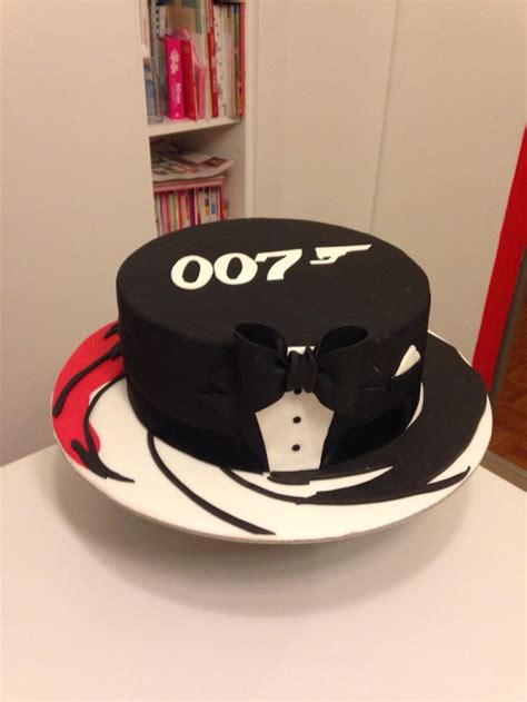 james bond themed cakes james bond cake ideas