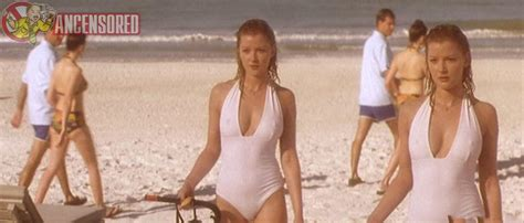 Naked Gretchen Mol In Forever Mine