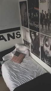tumblr room | R o o m s ♡ | Pinterest | Grey, Tumblr room ...