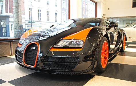Depuis, la veyron 16.4 grand sport vitesse est officiellement le roadster de série le plus rapide au monde avec 408,84 km/h. 1 of 8. | Bugatti Veyron 16.4 Grand Sport Vitesse World Reco… | Flickr