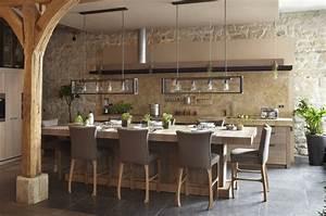 Cuisines et bains michel drapeau 85 beaurepaire pres for Deco cuisine avec salle a manger contemporaine en chene