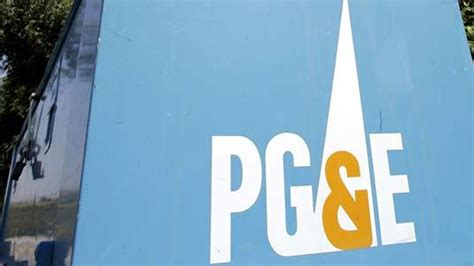 power restored   pge customers  outage