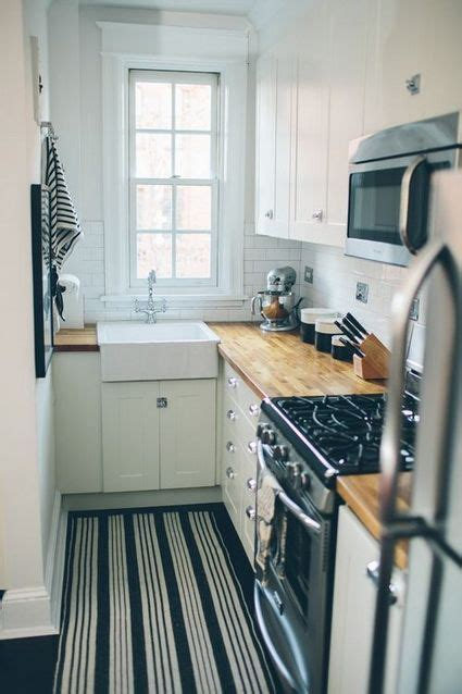 cocina pequena estrecha hogar en