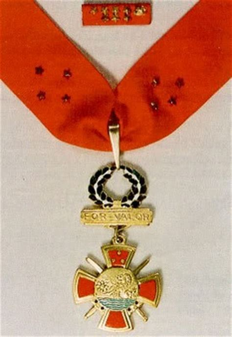 awards and decorations philippines philippine medal of valor