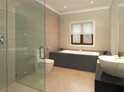 model kamar mandi hotel mewah minimalis terbaru