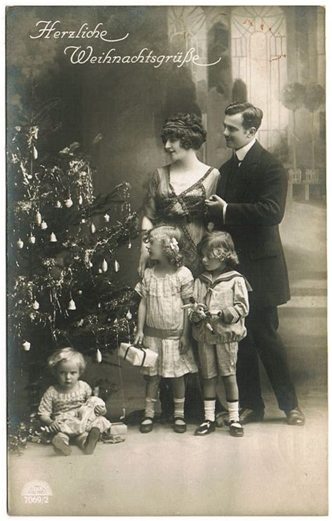 Vintage Xmas Postcard Family With Kids And Doll Llect