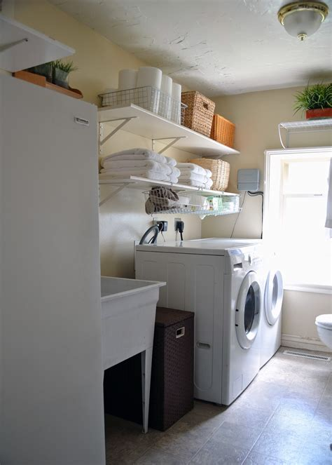 the bath laundry rooms