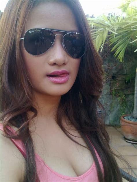 Sexy Pinays Hot Filipina Girls July 2011