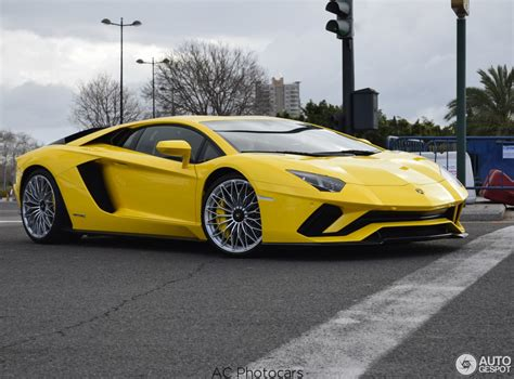 lamborghini aventador 2017 lamborghini aventador s already spotted in valencia