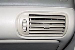How To Troubleshoot Air Conditioning In An Oldsmobile Alero 2000