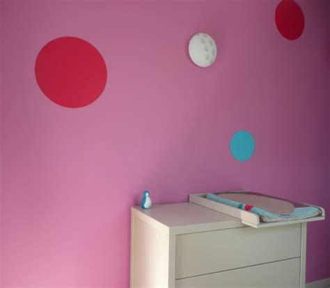 chambre bebe couleur peinture chambre enfant arts en couleurs