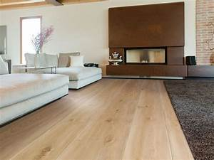Wohnzimmer Einrichten Farben : laminat farben haus deko ideen ~ Lizthompson.info Haus und Dekorationen