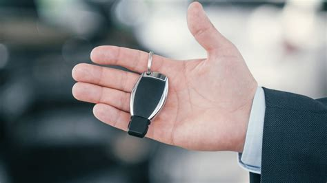 Determine your key fob classification: Open Mercedes Key FOB (Old type) - YouTube