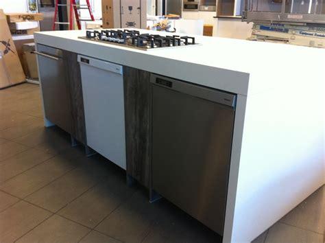 Display Kitchen Coast Wholesale Appliances Surrey Location