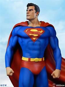 Sideshow Toys Unveils Super Powers Superman Statue ...  Superman