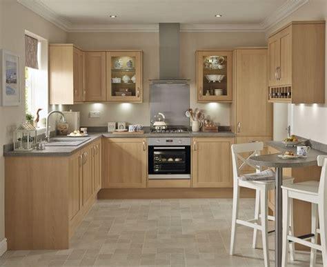 Shaker Oak Kitchen Cabinets by Kitchens Kitchen Ideas In 2019 Traditional Kitchen