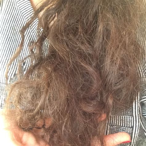haare trocken und strohig hallo ich habe sehr strohige splissige trockene haare