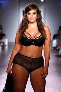 Plus Size Model Ashley Graham Stars In Sports Illustrated ...