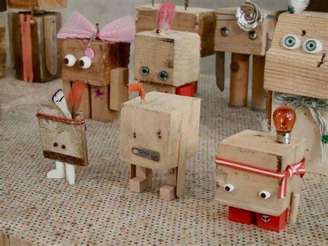werken mit kindern ideen robotsr holz preschool robot kinder holz werken mit kindern holz und spielzeug bauen