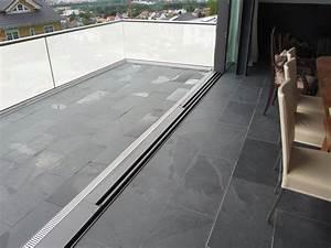 Kundenfoto schiefer fliesen mustang nahtlos verlegt im for Balkon teppich mit schiefer tapete