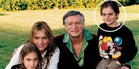 """""""La nueva leyenda"""": así luce el hijo menor de Hugh Hefner ..."""