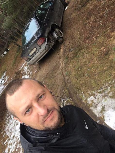 Mežā atrasts izdemolēts BMW. Varbūt Tu pazīsti īpašnieku ...